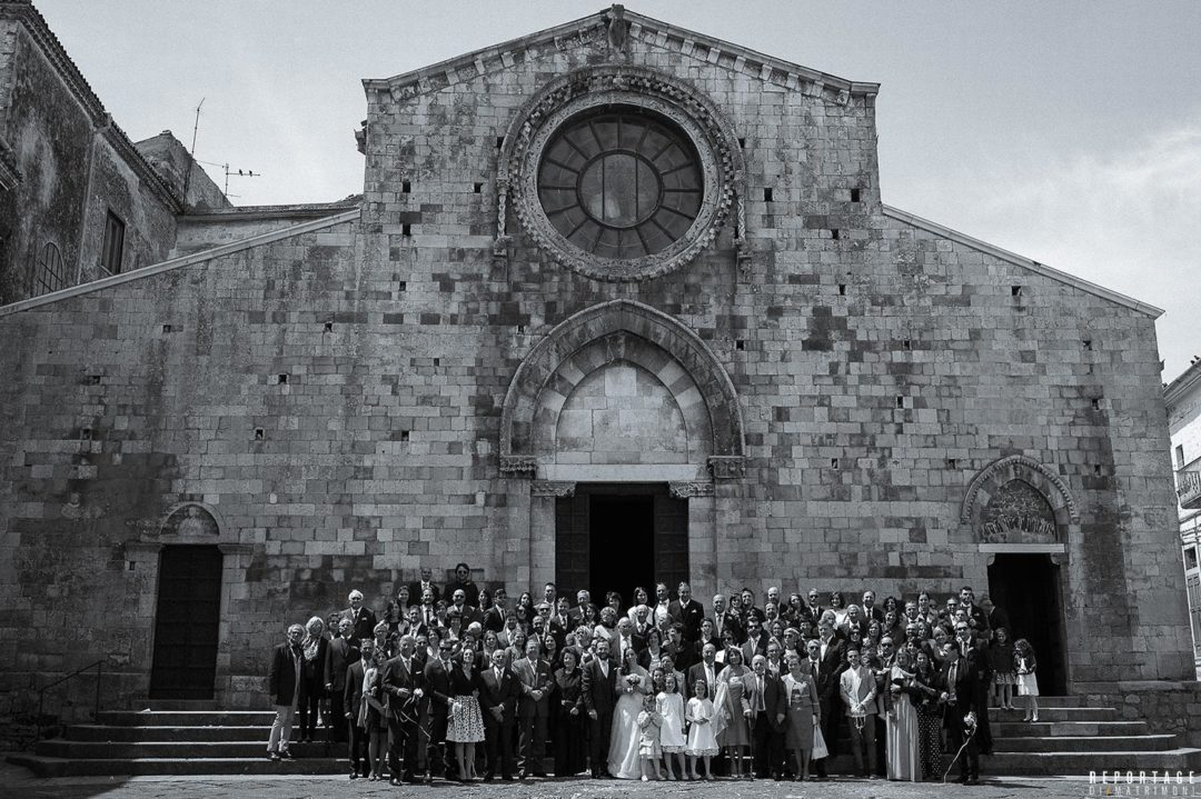 Foto di gruppo al matrimonio, un'antica tradizione da valorizzare